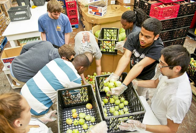 Students helping at Food for People